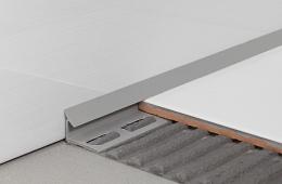 PVC lajsna unutarnji kut